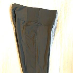 Lululemon full length dark olive leggings 6